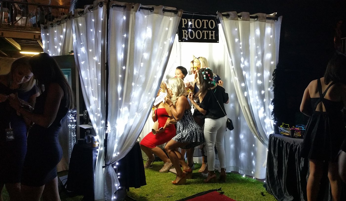 background1 Photo Booth Hire Perth   Wedding, Birthday Party,
