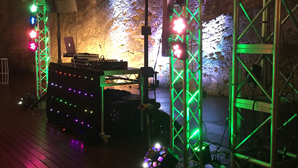 Professional DJ and Photo Booth Perth