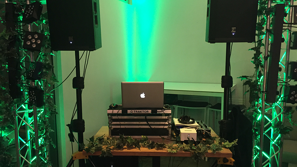 Rustic Photo Booth and DJ Service Perth